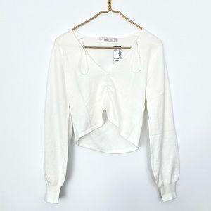 Gathered V- Neck Crop Sweater (white)